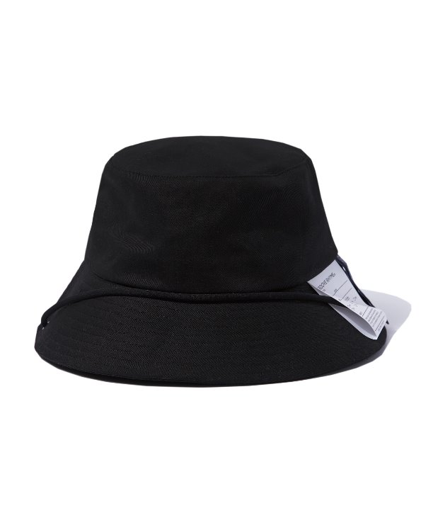 LABEL BUCKET HAT (BLACK) [GCA021G13BK]