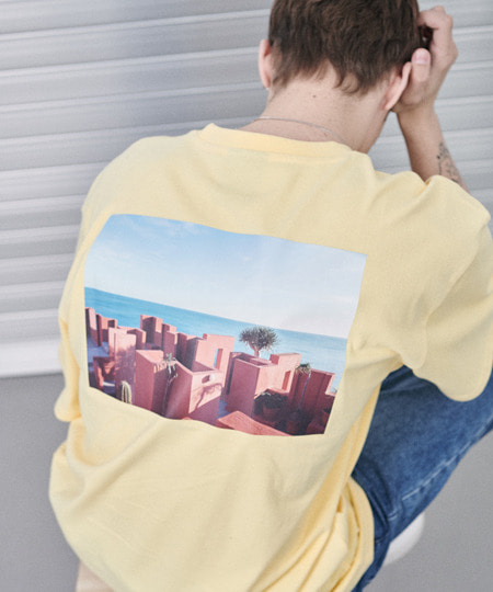 SANTORINI BEACH PRINT OVER FIT T-SHIRTS(YELLOW) [GTS006H23YE]