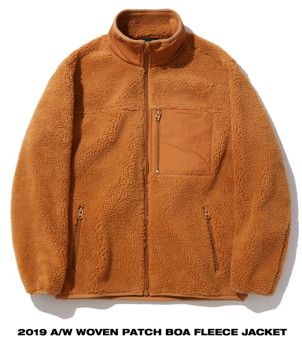 WOVEN PATCH BOA FLEECE JACKET (BROWN) [GFZ406H43BRA]