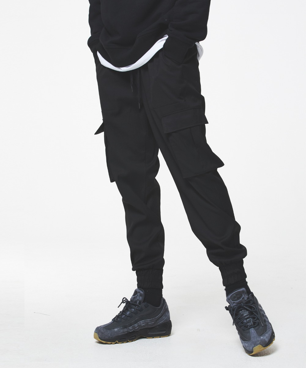 COMFORTABLE JOGGER PANTS (BLACK) [GPT901H33BKA]